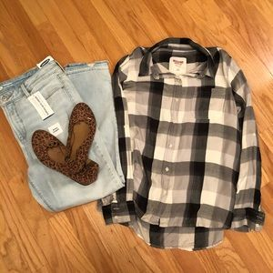 ⭐️5 for $20‼️Women's Checkered Flannel